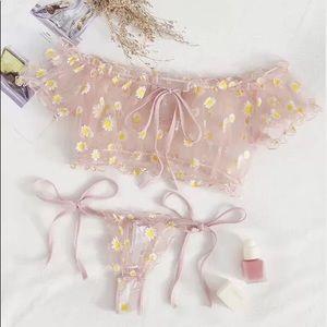 Two piece set lingerie floral
